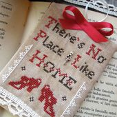 The Little Stitcher: There's no place like Home - FREE