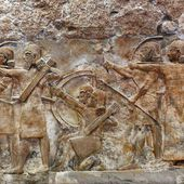 Millennia-old archaeological sites in Iraq and Syria face looting, destruction under militants