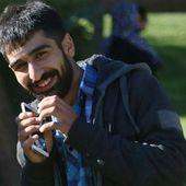Gazeteci Mazlum Dolan Sur'da Mahsur Kaldığı Yerden Gözaltına Alındı