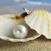 Gemstone: Pearls
