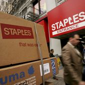 Staples puts its brand on business services