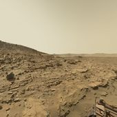 Mars Panorama - Curiosity rover: Martian solar day 613