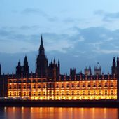Social Media Sites Must Simplify Terms, Say UK Politicians