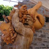 Echos-Musee-scuptures-bois-Axos