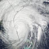 Hurricane Matthew Brushes Florida Coast : Natural Hazards