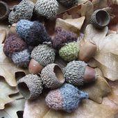 Wee Twee Tiny Acorn tutorial pattern by pamela wynne