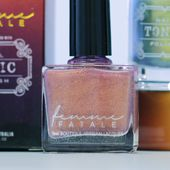 Femme Fatale Cosmetics - Australian boutique for local & imported artisan cosmetics.