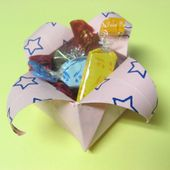 Candy Box - How to origami box instructions at Howto-Origami.com - Let's origami step by step!