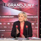 """Malmenée en Corse, Marine Le Pen se dit victime du """"pouvoir politique"""""""