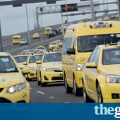Melbourne taxi protest against Uber changes causes traffic chaos