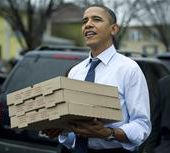 Obama gets his own pizza in Colorado