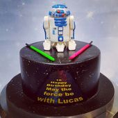 Gateau Star Wars R2 D2