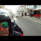 Goldwing unsersbande on quitte Nazaré depuis le fort