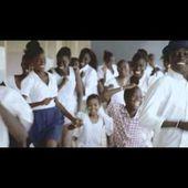 Faada Freddy - We Sing In Time