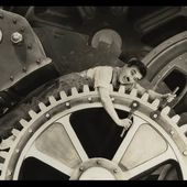 Charlie Chaplin Swallowed by a Factory Machine - Modern Times (1936)