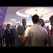 Roger Federer congratulated by family, fans and royalty after Wimbledon 2017 win