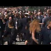 Video Minute de silence non respectée, Manuel VALLS hué et sifflé à Nice