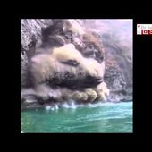 Dramatic Video Of A Massive Landslide Near Mandi