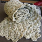 Catherine's Diamond/Circle Crochet Scarf