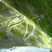 GOLDWING - LE STELVIO VUE DU COL BRUIT MOTARD 3