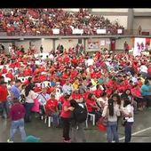 Pateando El Barrio: Gobierno de Calle entrega de certificados de la GMVV al Poder Popular