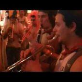 """La Band'Arnac au Festival des Bandas et Peña de Condom 2012 """"Le curé de Camaret"""""""