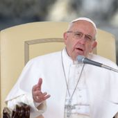 Pope Francis says gender is not a choice