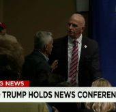 Donald Trump orders Jorge Ramos removed from press conference