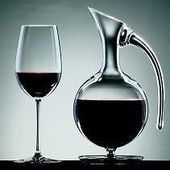 CARAFER LE VIN, UNE OBLIGATION ?