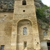Eglise fortifiée de PEYRE Aveyron