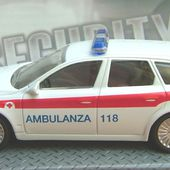 ALFA ROMEO 159 AMBULANCE 1/43 MONDO MOTORS - car-collector