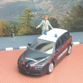 ALFA ROMEO 159 POLICE 1/43 MONDO MOTORS - car-collector