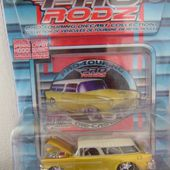 CHEVROLET NOMAD 1955 1/64 MAISTO - car-collector.net