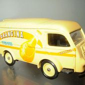 FASCICULE N°32 RENAULT 1000 KG ORANGINA CORGI - car-collector.net