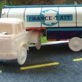 CAMION BERLIET TRK10 CITERNE FRANCE LAIT SESAME 1/65 - car-collector.net