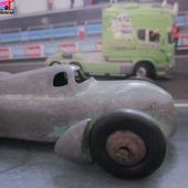 "AUTO UNION VOITURE DE RECORD 1935 "" SPEED OF THE WIND"" DINKY TOYS MECCANO FRANCE 1/43 RENNWAGEN - car-collector.net"