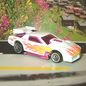 CHEVROLET CAMARO WIND FLIPPER SNAPPER 300 HP HOT WHEELS 1/64 - car-collector.net