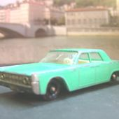 LINCOLN CONTINENTAL MATCHBOX 1/75 - car-collector.net
