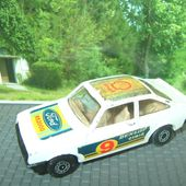 FORD ESCORT RS2000 DUNLOP CIBIE #9 MATCHBOX - car-collector.net
