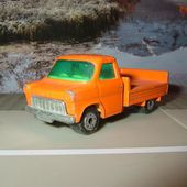FORD TRANSIT A PLATEAU MATCHBOX - car-collector.net