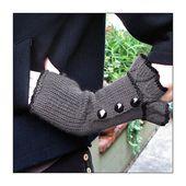 Belle Ruffle Gloves pattern by Veronica O'Neil