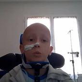 Charente: Killian, 12 ans, créé le buzz en parlant de son cancer sur YouTube