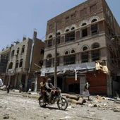 Le groupe djihadiste EI revendique les attentats meurtriers de Sanaa