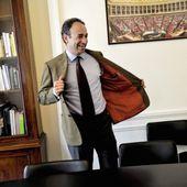 Quand l'UMP fustigeait l'obstruction parlementaire &#x3B; elle l'applique à présent. Petite histoire de retournements de vestes.