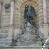 Saint Michel précipitant Lucifer sur Terre : la fontaine Saint-Michel à Paris