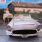 FORD THUNDERBIRD CABRIOLET MARILYN MONROE 1/36 CORGI - car-collector