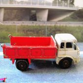 MB3-b. CAMION BENNE PLATEAU BEDFORD TIPPER TRUCK LESNEY 1/85 - car-collector.net