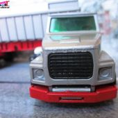 CAMION SEMI REMORQUE BENNE BASCULANTE FORD LTS TIPPER TRUCK MATCHBOX 1/62 - car-collector.net