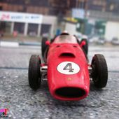 FASCICULE N°18 F1 FERRARI F246 1958 COLLECTION FABBRI 1/43 IXO - car-collector.net