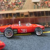 F1 FERRARI 156 HOT WHEELS 1/64 - car-collector.net
